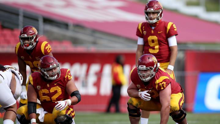 USC football offensive linemen.