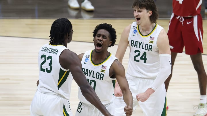Houston vs Baylor spread, line, odds, predictions and over/under for NCAA Tournament Final Four game on FanDuel Sportsbook.