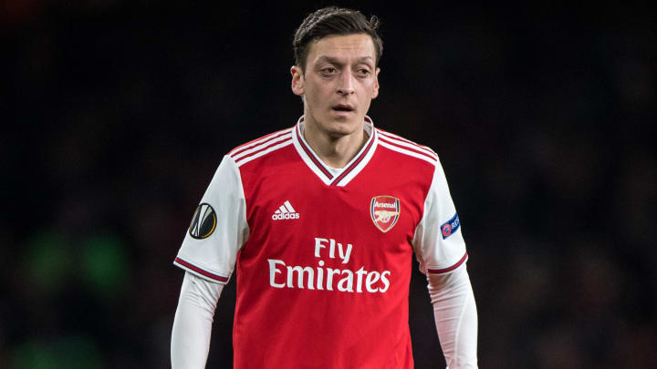 Mesut Ozil is heading to Fenerbahce