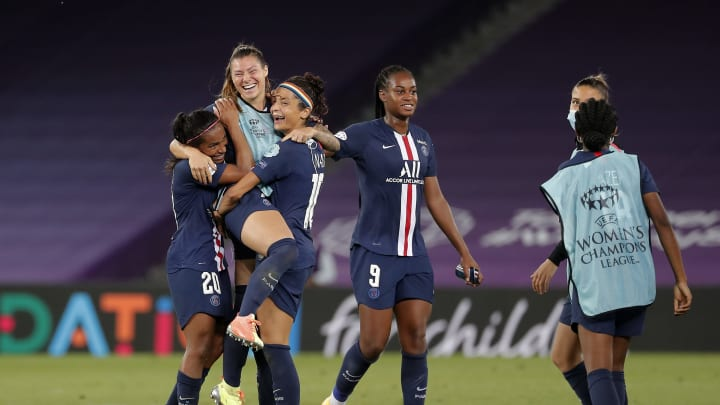 Women's Champions League Roundup: Arsenal Defeated As PSG & Lyon ...