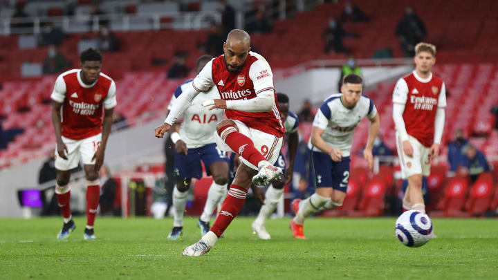 Arsenal edge Tottenham in north London derby