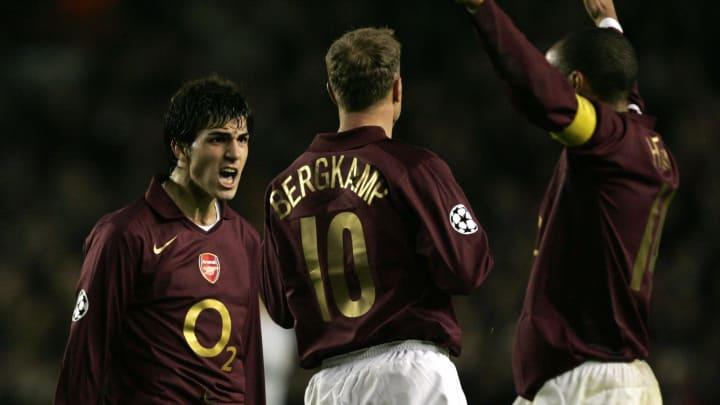 Arsenal's Cesc Fabregas, (L) Dennis Berg