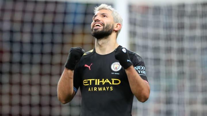 De volta para casa? Agüero pensa em voltar ao futebol argentino.