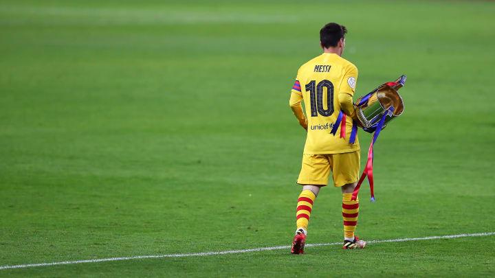 Sí Lionel, si no te permiten jugar el Mundial llevate la Copa.
