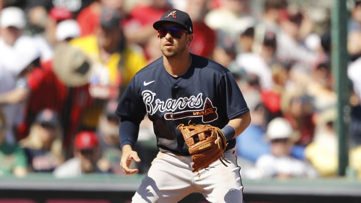 Infielder de los Bravos de Atlanta Sean Kazmar Jr. regresó a la MLB tras 12 años de ausencia