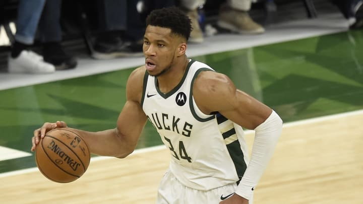 Milwaukee Bucks get amazing injury update on Giannis Antetokounmpo.