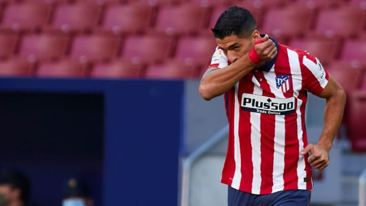 Suárez segue na Espanha, mas agora trocou a Catalunha por Madrid.