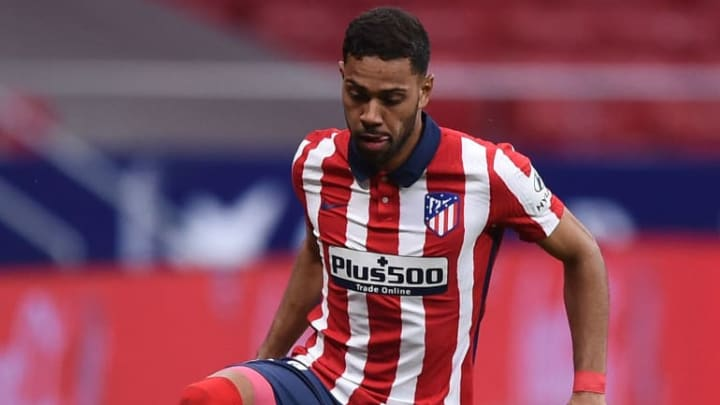 Lyon veut se faire prêter Renan Lodi.