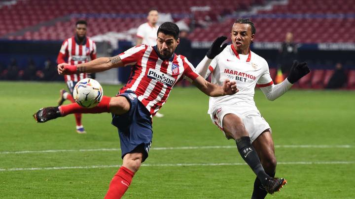 Clubes estão na parte de cima da tabela, mas têm objetivos distintos. Sevilla busca conquistar vaga para Champions, enquanto Atleti briga pela taça.
