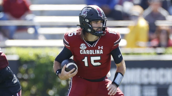 Texas A&M vs South Carolina prediction, picks, betting odds and spread for college football.