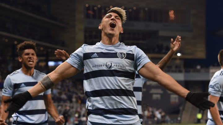 Sporting Kansas City's Alan Pulido makes the list for top goals of MLS week 6 for his great efforts against San Jose