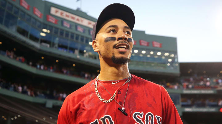 Mookie Betts traded to Dodgers