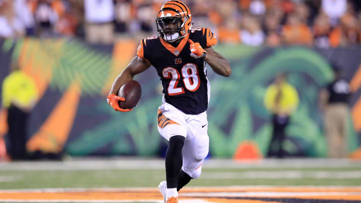CINCINNATI, OH - SEPTEMBER 13:  Joe Mixon #28 of the Cincinnati Bengals runs with the ball in the game against the Baltimore Ravens at Paul Brown Stadium on September 13, 2018 in Cincinnati, Ohio.  (Photo by Andy Lyons/Getty Images)