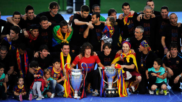 Barcelona Return Home Victorious With Champions League Trophy