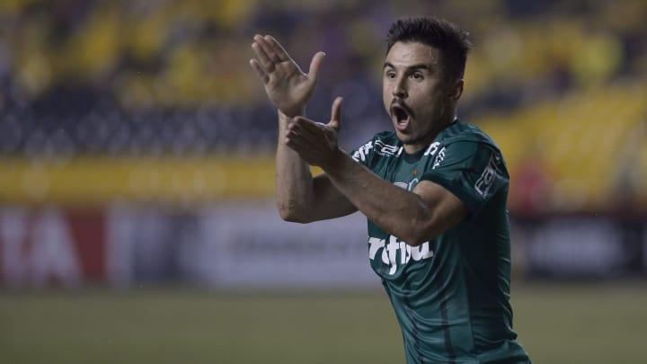 Willian é um dos principais alvos do Fluminense