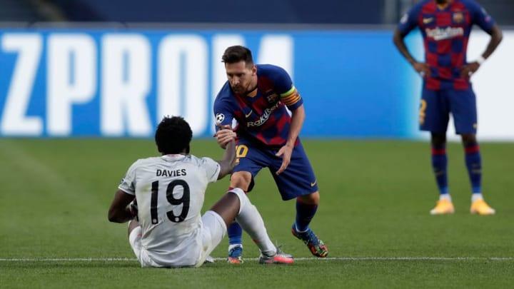 Alphonso Davies, Lionel Messi