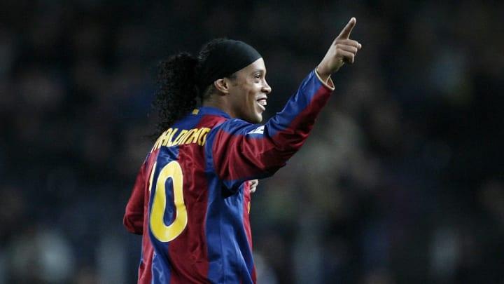 Um dos maiores de todos os tempos: simplesmente Ronaldinho