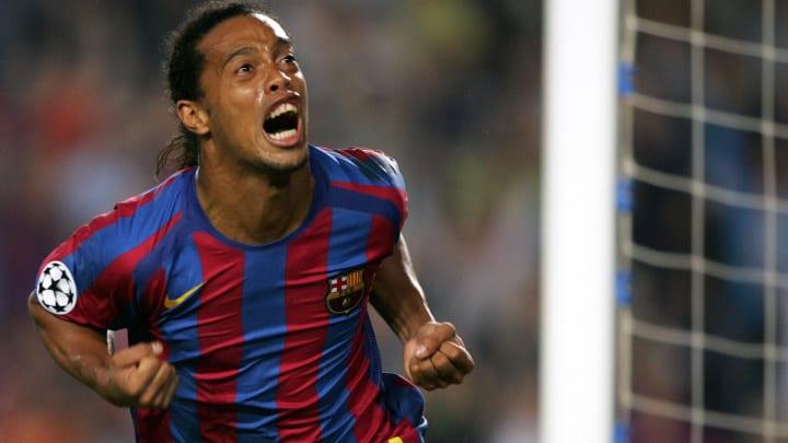 Ronaldinho tormented Chelsea in 2005