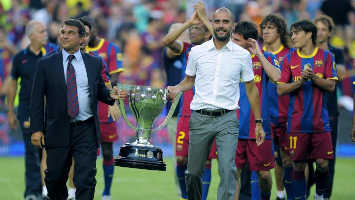 So soll es nach Laportas Wünschen bald wieder sein: Guardiola feiert mit dem FC Barcelona einen Titel!