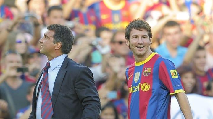 Bild aus gemeinsamen Tagen beim FC Barcelona: Der Präsident und sein Superstar