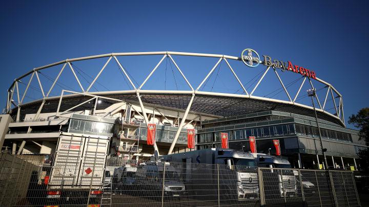 Für zumindest ein halbes Jahr die neue sportliche Heimat von Hannes Wolf und Peter Hermann: die BayArena zu Leverkusen