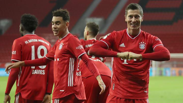 Bayern Munich moved top of the Bundesliga before the winer break