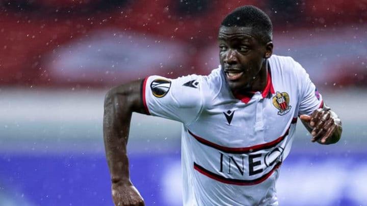 Stanley Nsoki va quitter Nice pour Bruges.