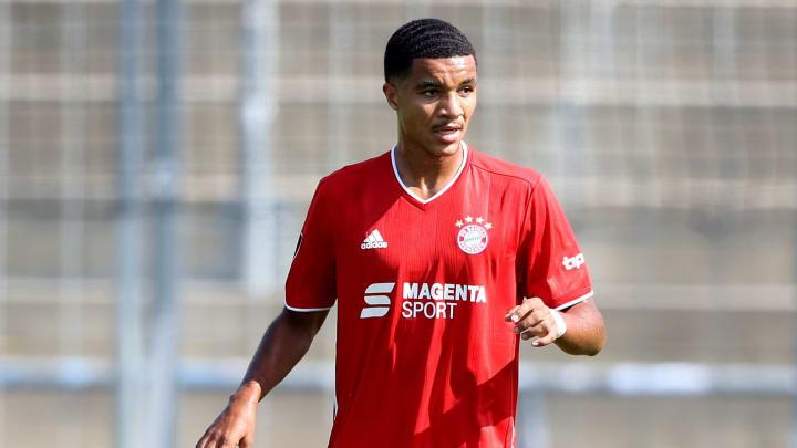 Malik Tillman wird sich weiter bei den FCB-Profis beweisen können