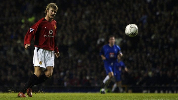 Beckham scores the 2nd goal