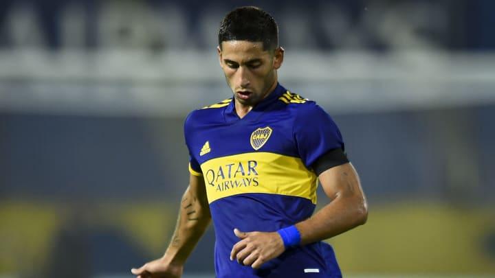 Alan Varela jugando en Boca Juniors