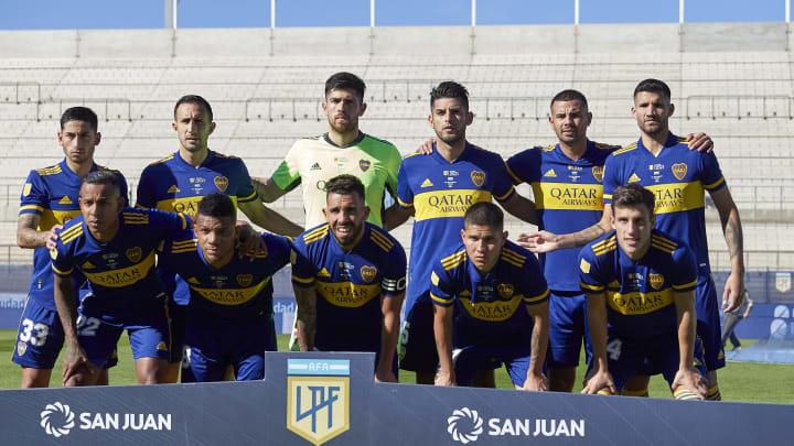 Boca Juniors v Racing Club - Copa de la Liga Profesional 2021: Semi Final - El último equipo de Boca que saltó a la cancha.