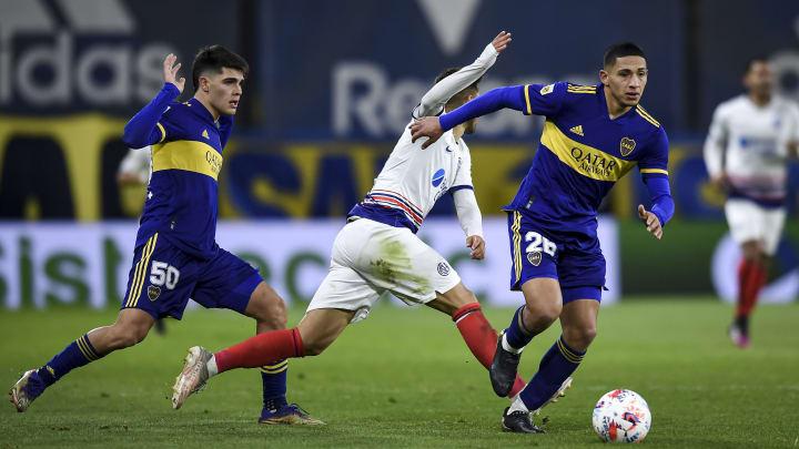 Boca Juniors v San Lorenzo - Torneo Liga Profesional 2021 - Dos que anduvieron muy bien: Equi Fernández y Taborda.