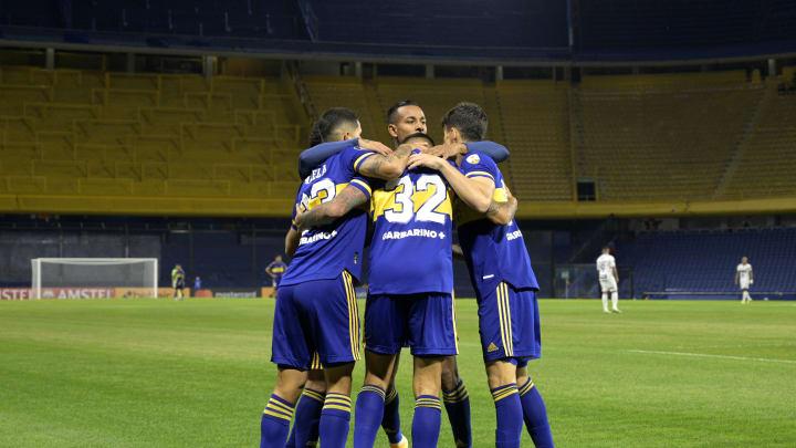 Boca Juniors v The Strongest - Copa CONMEBOL Libertadores - Boca festeja su gol.