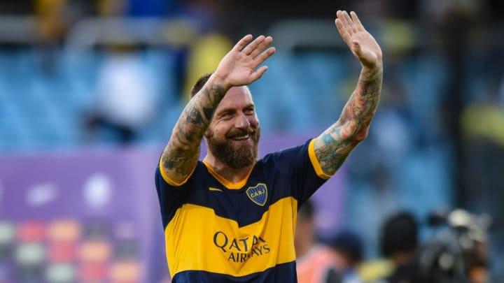 Ídolo da Roma, De Rossi se aposentou após curta passagem no Boca Juniors.