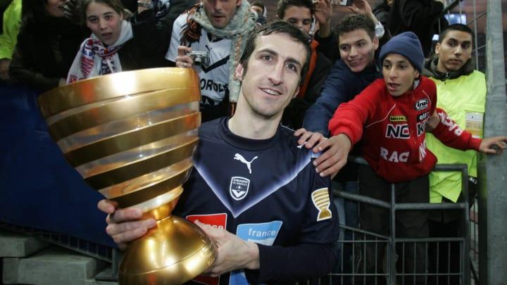 Bordeaux' French forward Johan Micoud ce...