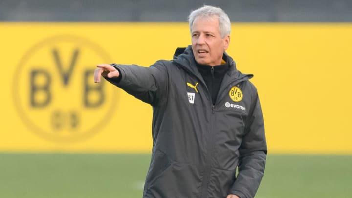 Die Verantwortlichen von Borussia Dortmund sehen sich zunehmend Fragen nach der Zukunft von Lucien Favre (Foto) ausgesetzt
