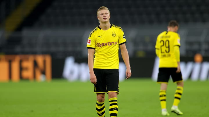 Borussia Dortmund Striker Erling Haaland Reportedly Kicked Out Of A Nightclub In Norway