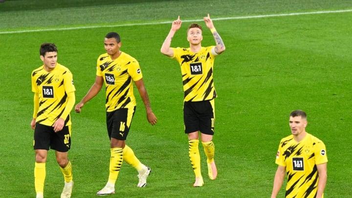So möchte man Reus (3 v.l.) in Dortmund sehen.