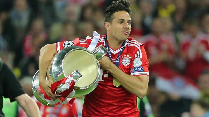 Claudio Pizarro gewann mit dem FC Bayern 2013 das Triple