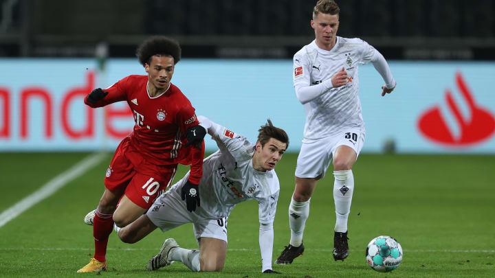 Ein Symbolbild: Die Außenbahnspieler des FC Bayern wurden permanent von Borussia Mönchengladbach gedoppelt
