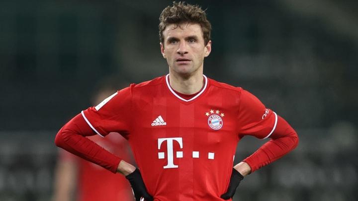 Bayern Munich blow two-goal lead to lose 3-2 to Gladbach
