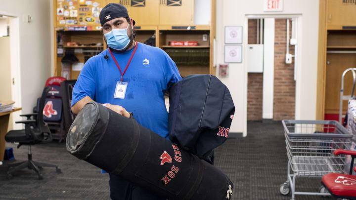 MLB está tomando medidas, pero no cambia los planes por el repunte de la pandemia