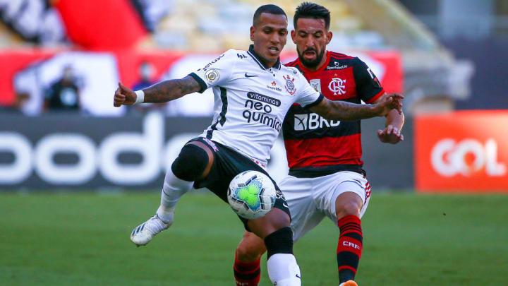 Isla Otero Corinthians Flamengo Falta Brasileirão