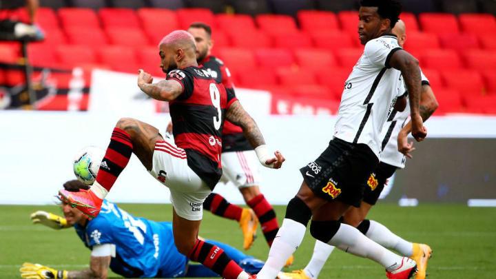 Gabriel Barbosa Flamengo Corinthians Brasileiro