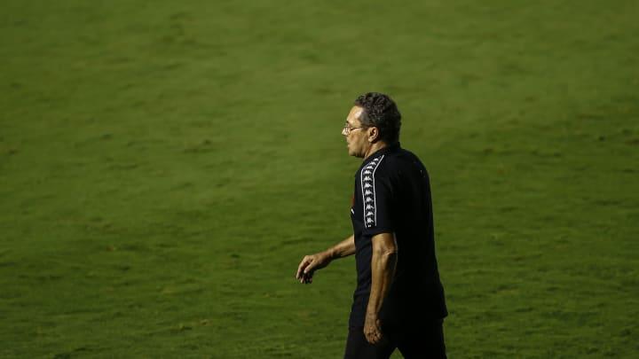 Luxemburgo se vê, ainda, como vanguarda no futebol