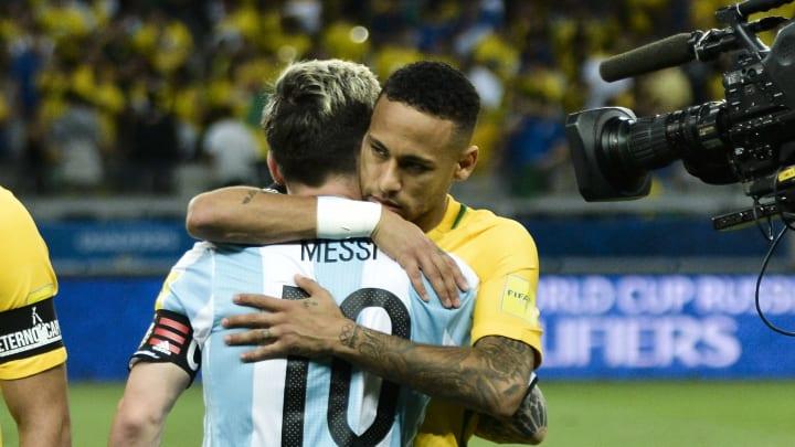 Brazil v Argentina - FIFA 2018 World Cup Qualifiers - Messi y Neymar, las dos figuras de la competencia.