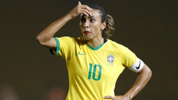 La sélection féminine n'a pas fait le poids face aux U16 de Gremio.