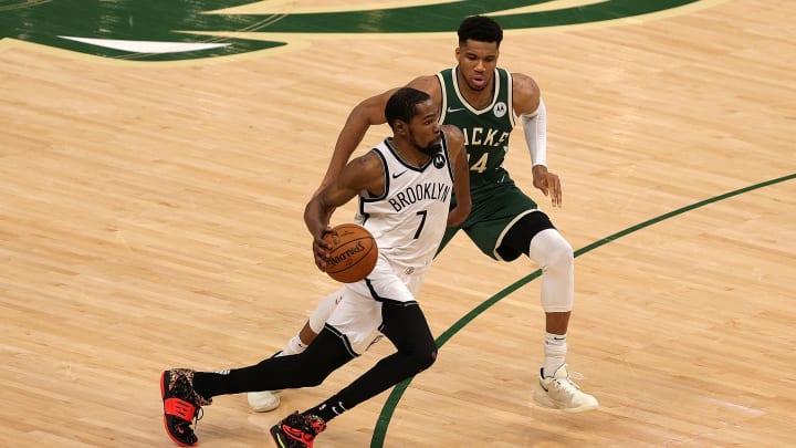Kevin Durant sigue haciendo historia en los playoffs de la NBA