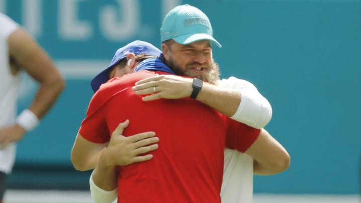 Ryan Fitzpatrick hugging someone not named Gardner Minshew.