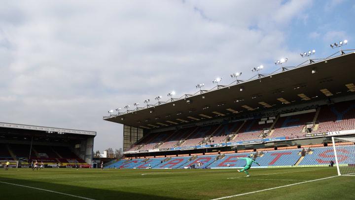 Burnley welcome West Ham to Turf Moor on Monday night